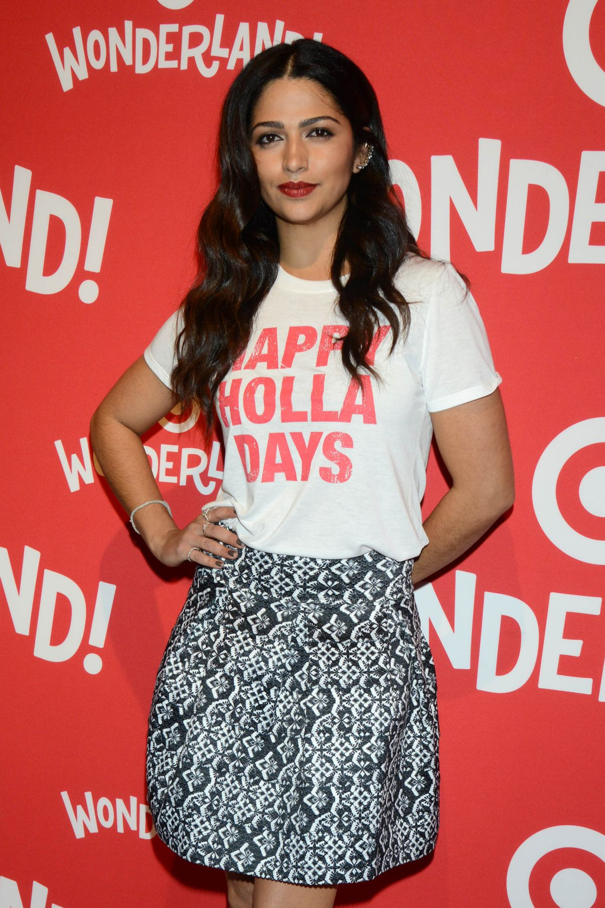 camila-alves-at-target-wonderland-vip-party-kick-off-in-new-york-12-07-2015_1