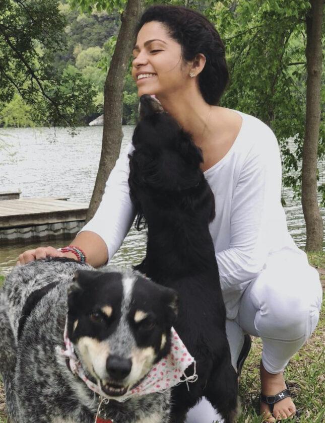 Perros de rescate de Camila McConaughey