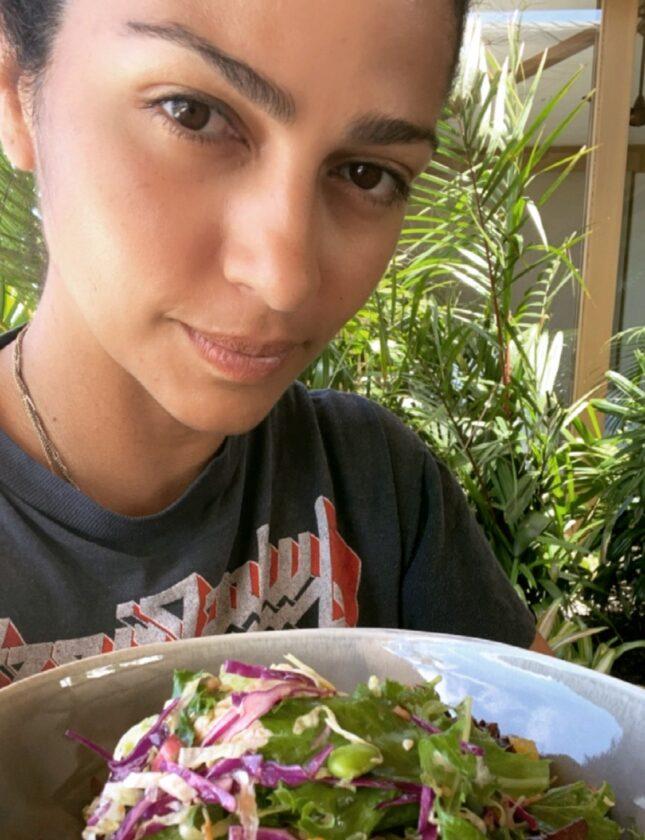 Salada de repolho asiática rápida
